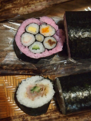 ひな祭の巻き寿司